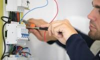 Echipa electricieni specialisti